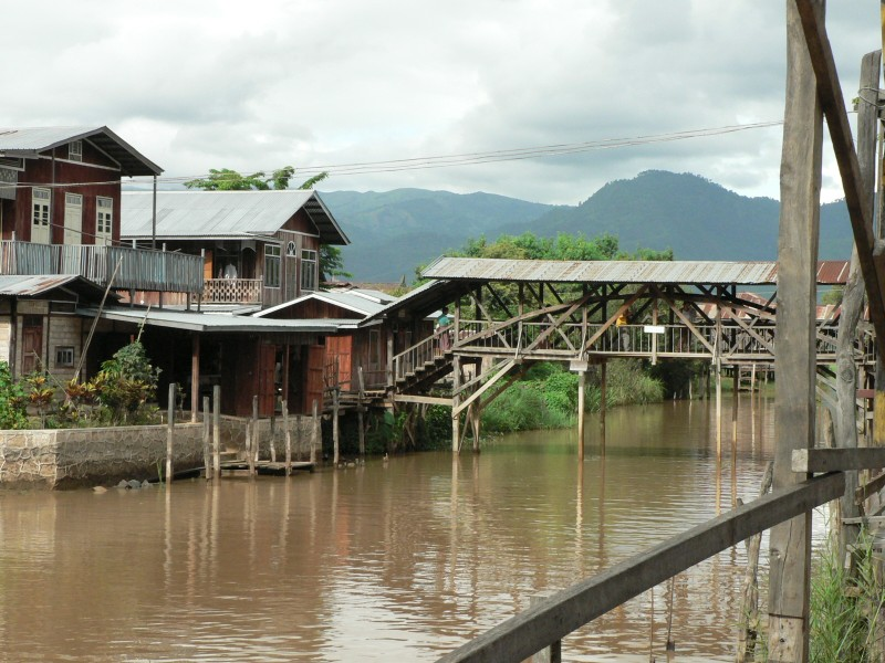 Birma 484